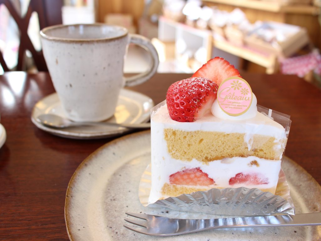 ファミーユ ケーキセット