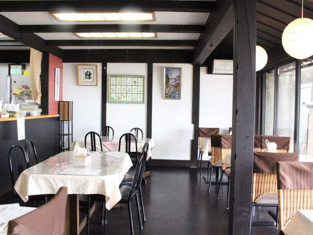 cafe Lac (カフェ ラック)店内