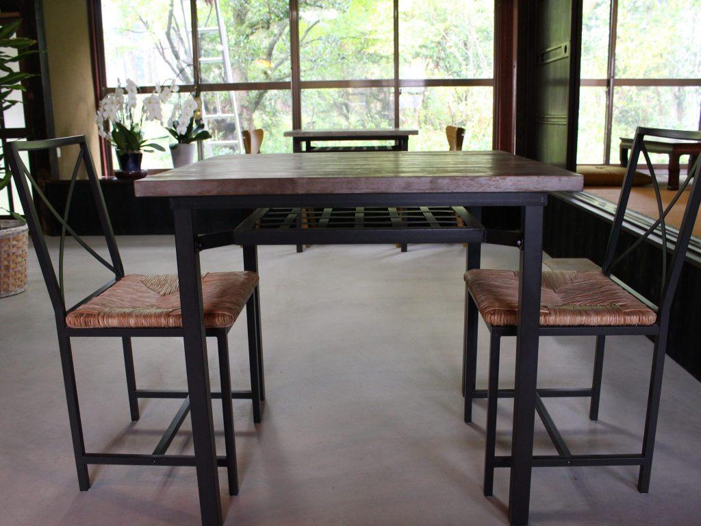 sato kitchen テーブル席
