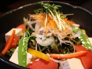 彩 豆腐の和風サラダ